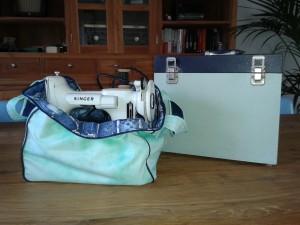 witte met koffer 2